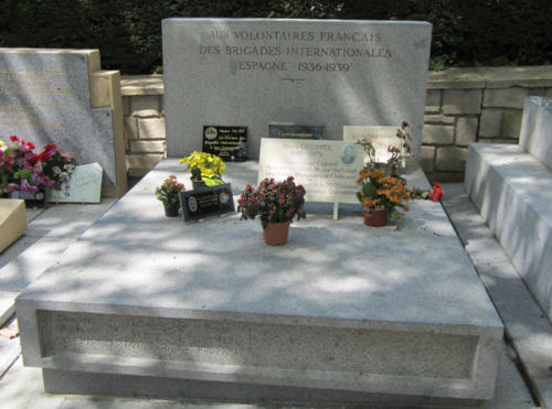 Parigi Père Lachaise - Monumento ai Volontari francesi - FRANCIA